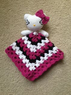 Crochet Hello Kitty Inspired Lovey Pattern by ToqueFairies on Etsy Crochet Security Blanket, Crochet Lovey, Lovey Blanket, Love Crochet, Crochet For Kids, Crochet Dolls, Knit Crochet, Crochet Hello Kitty, Chat Hello Kitty