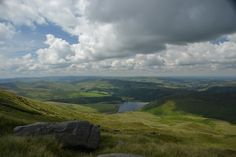 A sunny Saturday hike up Kinder Scout