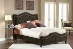 Trieste Bed (Chocolate Finish) : Decor South