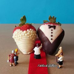 This Italian Chef Turns Desserts & Tiny Figures Into Miniature Worlds 9