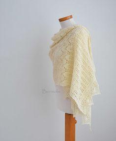 854 Creme crochet shawl   Flickr: Intercambio de fotos