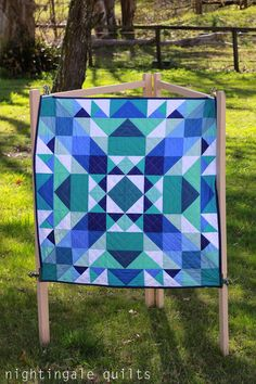 Nightingale Quilts: NEW PATTERN: Sea Glass Medallion