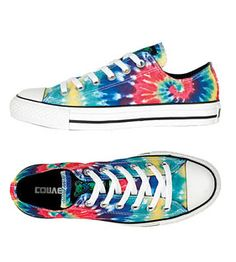 tie dye converse!! i would looove a pair!!!