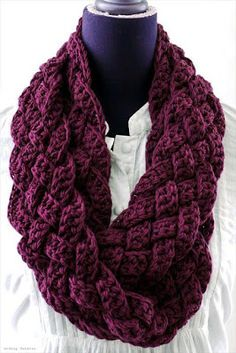 Easy Crochet Patterns Free crochet patterns and free video tutorials - Crochet Braided Scarf Free Patterns: Crochet Braided Infinity Scarf Free Pattern, crochet woven scarf cowl Shawl Crochet, Knit Or Crochet, Crochet Scarves, Crochet Clothes, Irish Crochet, Interweave Crochet, How To Crochet A Scarf, Easy Crochet Scarf Patterns, Double Crochet