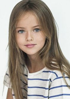 La niña de 9 años está causando sensación...Kristina Pimenova es una niña que con sus nueve a&#. E! Online Latino   Andes