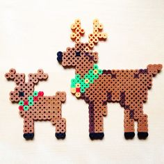 Christmas perler beads by funwithmyson Melty Bead Patterns, Hama Beads Patterns, Beading Patterns, Loom Beading, Hama Beads Design, Diy Perler Beads, Christmas Perler Beads, Art Perle, Iron Beads
