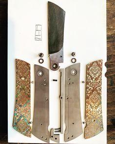 Technique hybride vissée (lame) et clouée (structure). Nouveauté personnelle: réglage du jeu et des frottements de la bascule par usinage au 100ème . . . #samuelguichard #customknives #knivesporn #knivesgeeks #handmadeknives #knifeporn #knifepics #knifeaddict #knifefanatics #knifedesign #knifecollection #knifemaking #knifecollector #artknives #knives #knife #knifemaker #productdesign #knifestagram #designporn #design #handmadeinfrance