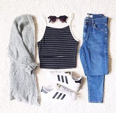 I love everything about this summer outfit. Lovely Summer Fresh Looking Outfit. The Best of summer outfits in 2017.