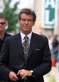 Pierce Brosnan, James Bond Style, James Bond Movies, Cartier Tank, Most Handsome Men, Alpha Male, Irish Men, Celebs, Celebrities