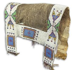 """Fantastic very rare full-sized elk hide """"saddle blanket"""" with sinew sewn and lazy stitch beaded Sioux designs, . on Nov 2011 Native American Horses, Native American Pictures, Native American Artwork, Native American Crafts, Native American Artifacts, Native American Beadwork, American Indian Art, Native American Fashion, Horse Gear"""