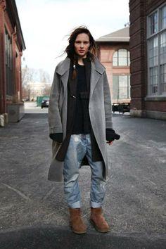 Tomboy Fashion, Look Fashion, Street Fashion, Kids Fashion, Ugg Boots Style, Casual Dresscode, Look 2018, Fashion Lookbook, Fashion Trends