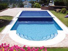 L' #autunno è alle porte! Preserva la tua #piscina con #coperture Cavallari.  Per maggiori info visita il sito: www.cavallaripiscine.it