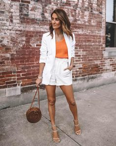 Chic Summer Outfits, Classy Outfits, Chic Outfits, Spring Summer Fashion, Shorts Outfits Women, Curvy Outfits, Short Outfits, Fashion Essentials, Style Essentials