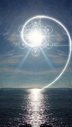Geometrie sacre Metatron ღ♡ Geometrie sacre Metatron ღ♡ Sacred Geometry Meanings, Sacred Geometry Tattoo, Spirals In Nature, Chakra Art, Fibonacci Spiral, Mystique, Visionary Art, Flower Of Life, Sacred Art