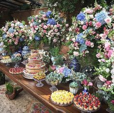 68 Ideas Wedding Reception Buffet Events For 2019 Creative Wedding Favors, Elegant Wedding Favors, Wedding Reception Food, Wedding Party Favors, Trendy Wedding, Rustic Wedding Gifts, Wedding Gift Boxes, Wedding Gifts For Guests, Tall Wedding Centerpieces