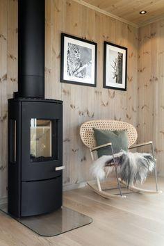 Cabin Kitchens, Green Kitchen, Interior Inspiration, Home Appliances, Cottage, Living Room, Interior Design, Irene, Donald Ross