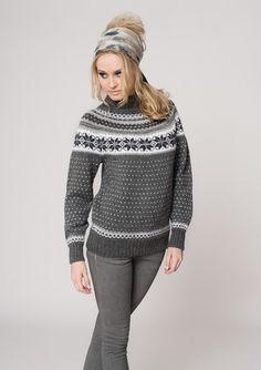 Bilderesultat for nancy kofte Fair Isle Knitting, Free Knitting, Jumper, Men Sweater, Drops Karisma, Drops Baby, Training Collar, Sweater Knitting Patterns, Ikon
