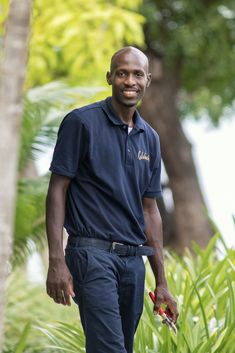 Our garden is a large part of Calabash. Here you will not only find balance and tranquillity but there is also a lot to discover. Jermaine is a great guide and will give you a great tour.