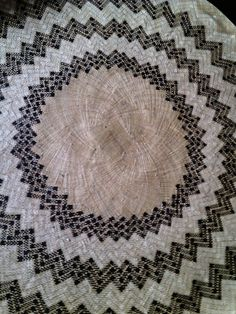 Get this round banig locally crafted by hand by the artisans in Basey, Samar! These woven export-quality native mats has seen the world! Samar, Shag Rug, Nativity, Crafts, Travel, Shaggy Rug, Manualidades, Viajes, The Nativity