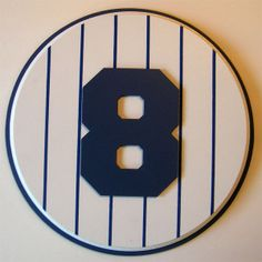 Yogi Berra Number 8 | Retired Number 8 Plaque Yankees Yogi Berra / Bill Dickey – large