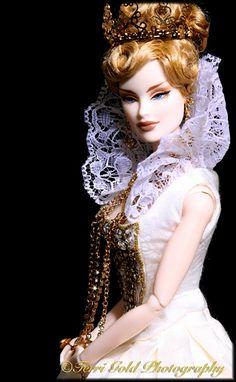 Fashion Royalty 2008: Queen V