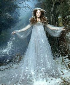 #Queen ❤✿ڿڰۣ( ✯nyrockphotogirl ✯ Snow Queen