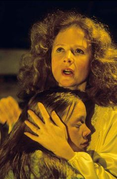Sissy Spacek as Carrie and Piper Laurie as Margaret White in Carrie 16585223 Carrie Movie, I Movie, Movie Theater, Theatre, Scary Movies, Great Movies, Iconic Movies, Piper Laurie, Stephen King Movies