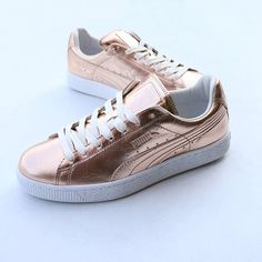 All that glitters ✨ Add a little luxe to your off duty style with the PUMA Basket Creepers Metallic Sneakers  Who else is loving rose gold at the moment!?  Shop now at Stylerunner.com #stylerunner #stylesquad