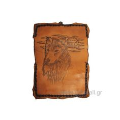 In this tobacco pouch is printed a wolf. The pouch has internal pocket for the tobacco package as zip pouch for filters and lighter. The dimension is X and close with a rope. Leather Tobacco Pouch, Pyrography, Cool Gifts, Wolf, Gift Ideas, Smokers, Lighter, Filters, Handmade