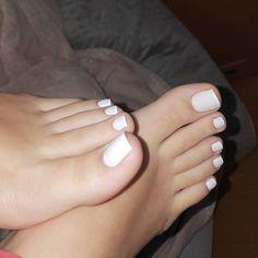 pés da amanda