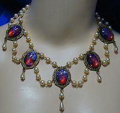1595 Dragon's Breath Medieval Necklace