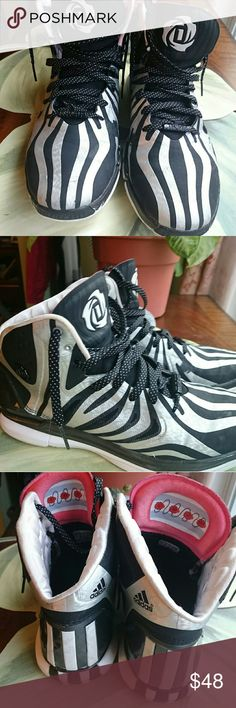 a2e5c5de068 ADIDAS DERRICK D ROSE 4.5 BLACK AND SILVER SNEAKER DERRICK D ROSE BLACK AND  SILVER SNEAKERS 4.5 SIZE 11 BASKETBALL SHOES G99364 SOME WEAR SEE PICTURES  STILL ...