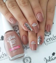 Best Nail Art Designs 2018 Every Girls Will Love These trendy Nails ideas would gain you amazing compliments. Check out our gallery for more ideas these are trendy this year. Dream Nails, Love Nails, Wonder Nails, Romantic Nails, Cute Nail Art Designs, Summer Acrylic Nails, Shellac Nails, Trendy Nails, Beauty Nails
