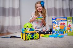 Fun meets STEM with our Remote-Control Gear-Bot! Kids have a blast as they design a robot with gears that spin as it moves. 📷: @mommyinflats #STEMforKids Teacher Magazine, Steam Learning, Stem For Kids, Having A Blast, Building Toys, Spin, Childrens Books, Gears, Robot