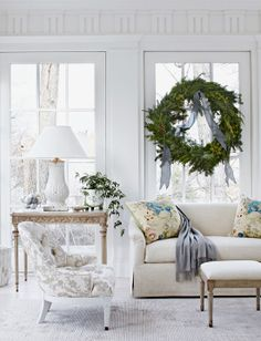 Tone on Tone: A Light and Airy Christmas. Tone on Tone is a beautiful shop owned by Loi Thai.  Design by Frank Randolph in DC.