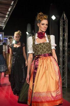 Farb-und Stilberatung mit www.farben-reich.com - Tracht & Country Premiere - Sportalm via dirndlmag.de