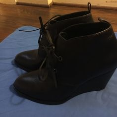 Cole Haan wedge boots Cole Haan black leather wedge boots. Size 8 boots. Nice to pair with skinny jeans or leggings. Worn one time. Cole Haan Shoes Wedges