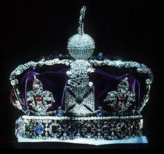 http://sanjaylakhanpal.hubpages.com/hub/Kohinoor-diamond