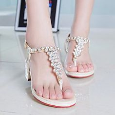 SHARE & Get it FREE | Ladylike Women's Sandals With T Bar and Rhinestones DesignFor Fashion Lovers only:80,000+ Items • New Arrivals Daily • Affordable Casual to Chic for Every Occasion Join Sammydress: Get YOUR $50 NOW!