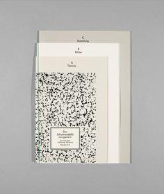 Esther Rieser /// Esther Rieser is een  grafisch ontwerpster gevestigd in  Zurich. Haar focus ligt op alles dat word geprint. Zoals editorial design, publication design, titel en visueel design van tentoonstellingen. Haar manier van werken is conceptueel en onderzoekend. Interresant aan dit ontwerp vind ik de verschillende lagen en kleuren papier en het cleane uiterlijk.