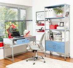 Un escritorio de metal llevará mucho estilo a tu hogar. #Sodimac #Homecenter #Escritorio
