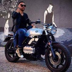 My ex motorbike... BMW K75 in Elegant Style @valerio.54 Expert in elaboration for MotorBike in vintage style 〽️TAG/REPOST〽️ @deangeliselaborazioni 〽️FOLLOW US〽️ Site web: deangeliselaborazioni.it Facebook: De Angelis Elaborazioni 〽️TAG YOUR #deangeliselaborazioni ➖➖➖➖➖➖➖➖➖➖#motorcycle #motorcycles #dgr #ride #bmwr #bike #biker #specialcafe #miami #bikelife #romanord #instabike #motorbike #supermoto #racecafe #scrambler #motorace #bmwk100 #caferacerroma #cafeporn #bikerssofins...