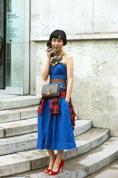 NaYoung Keem // Paris    NaYoung was a regular throughout Paris Fashion week. A joy to spot as she was always dressed in bold, creative outfit...