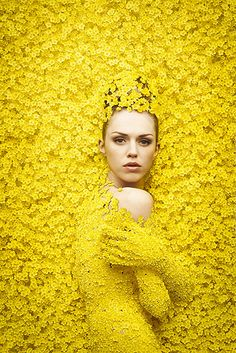 Surrounded by yellow. Inspiration for #yellow #gems