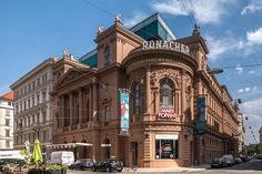 Ronacher Seilerstätte 9 - Ronacher – Wikipedia Heart Of Europe, Theatres, In The Heart, Vienna, Opera, Louvre, Explore, City, World