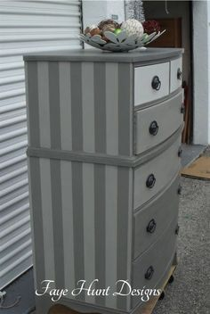 Ombre & Striped Chest Of Drawers by Faye Hunt Designs - Featured On Furniture Flippin' - Chalk Paint Furniture, Funky Furniture, Refurbished Furniture, Repurposed Furniture, Shabby Chic Furniture, Furniture Makeover, Chest Of Drawers Makeover, Set Of Drawers, Deco Restaurant