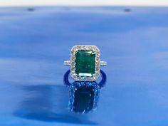 Antique/Vintage Natural Emerald 12mmx9mm Emerald by DanielCJewelry