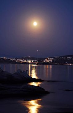 Moonlight in Paros      NATURE is the perfect STYLIST.....