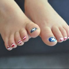 4th of july toes