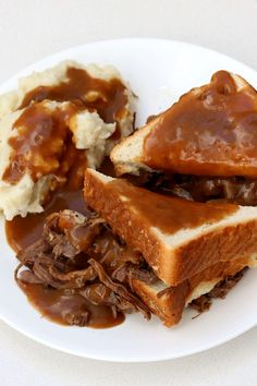 Instant Pot Hot Beef Sandwich and Mashed Potatoes - 365 Days of Slow Cooking and Pressure Cooking Instant Pot Pressure Cooker, Pressure Cooker Recipes, Pressure Cooking, Slow Cooking, Pressure Cooker Roast Beef, Diner Recipes, Beef Recipes, Diner Food, Cooking Recipes